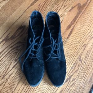 Steve Madden  Black Suede Wedge Boots Size 9 1/2